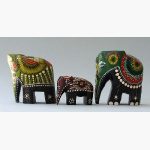 Ele. 3 farbige Holzelefanten